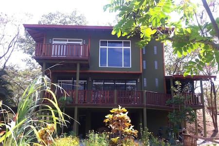 Nosara Springs 2BR/2BA big house with full comfort - House