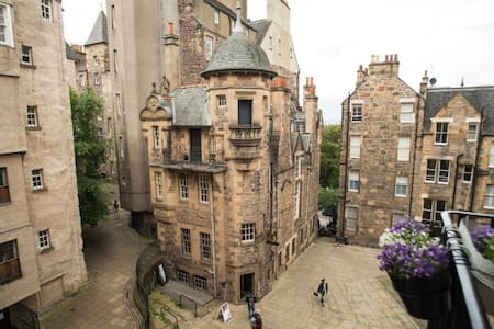 Luxury Flat in the heart of Edinburgh Old Town - Apartamento