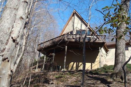 Pine Shadows Chalet - Haus