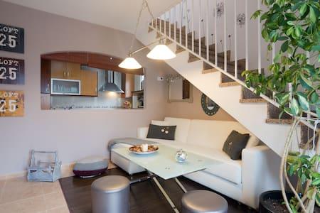 Atico con cochera, preciosa terraza - Appartement