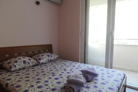 One bedroom apartment close to beach - sea view #8 - Wohnung