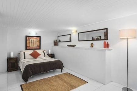 City Hideaway, close to the beach. - Newcastle - Apartemen