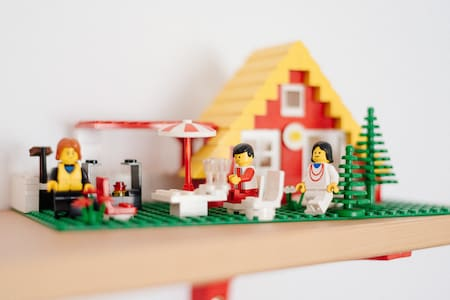 Escape and Relax in the Lego Room and Garden! - Guesthouse