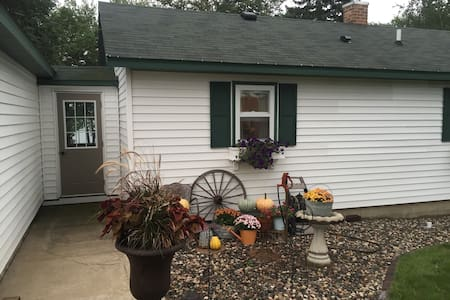 Affordable Ryder Cup House on Lake Shore - New Prague - Casa