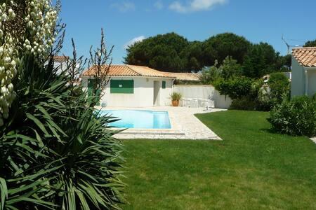 Maritaise piscine -10 % avant 15/12/2016 - Le Bois-Plage-en-Ré - Villa