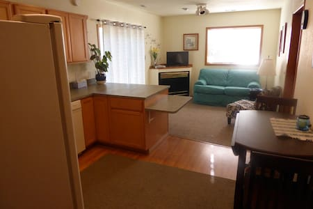 Sunny Vacation rental - Apartment