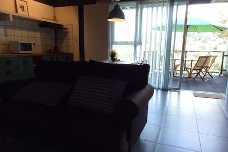 Rumah Han & Hana, Jl. Dago Giri 64A- Bandung - Cidadap - Villa