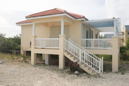 Kitesurfing Cottage in Longbay - Guesthouse