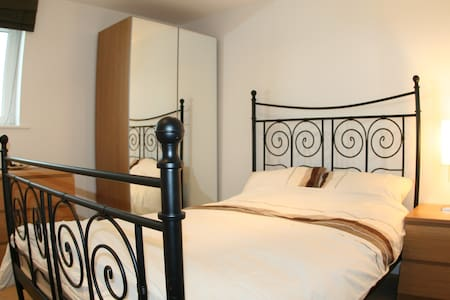 Grand Central Serviced Apartments (Bailey) - Apartment