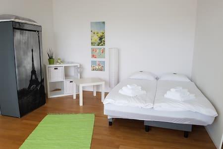 Wohlfühlzimmer/-Wohnung auf höchstem Niveau - Apartamento