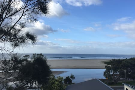 Beautiful beach home overlooking seven mile beach - Gerroa - Wohnung