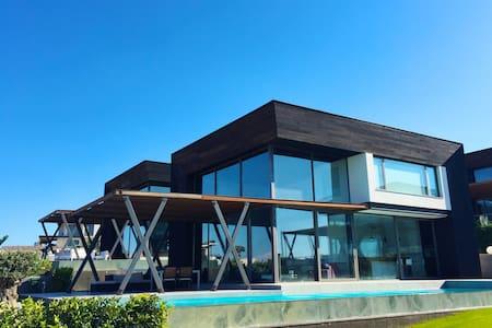 Exclusive Villa in Çeşme, Ayayorgi - Çeşme - Villa