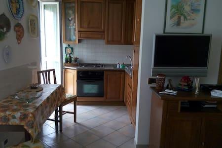 luci 3 - Apartment