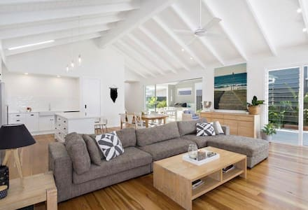 Hamptons Beach House - Kingscliff - Rumah