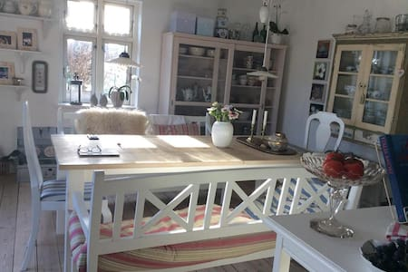 Charming house, 30 min from Aarhus - Ry - Townhouse