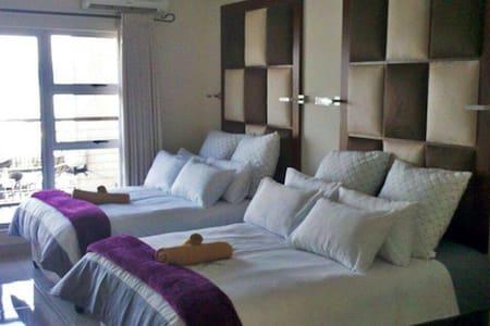 damviewholidayapartments - Hartbeespoort - Guesthouse