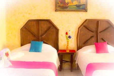 HOTEL PARAISO MEXICANO DOWNTOWN - Isla Mujeres - Apartment