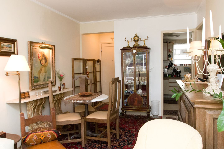 the living room / a sala