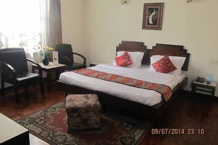 Central Hotel, Gangtok - East Sikkim - Bed & Breakfast