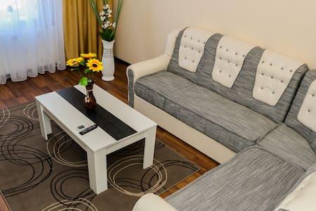 Luxury apartment  close to  beach - Huoneisto