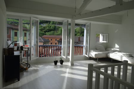 Fabulosa casa asturiana zona minera - House