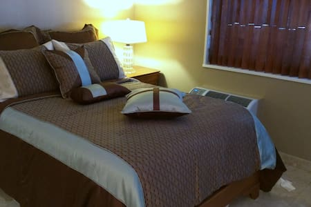 """One queen and two single beds Kitchen with full size fridge, microwave, stove top, dishwasher, coffee maker, toaster, dishware, glassware and utensils WiFi with fast speed Internet.  50"""" flat screen TV w/ TWC.  Bedding and bath towels available."""