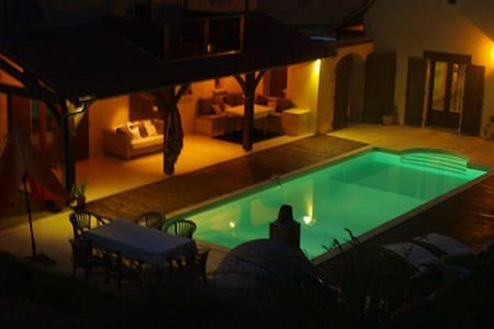 2 bedroom holiday home with pool