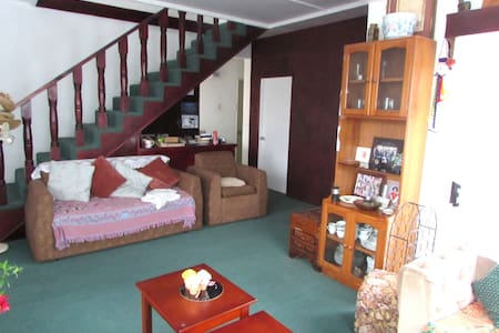 Dayspring B&B Lodge - Bed & Breakfast