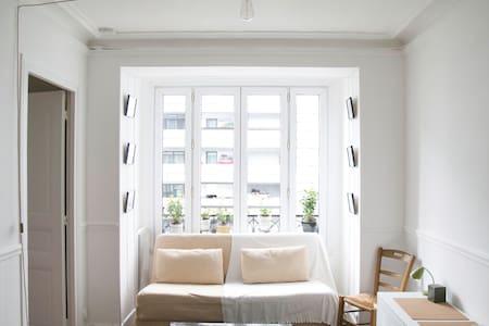 Charming flat in Paris