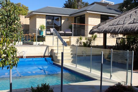 Beach house near Scarborough beach!