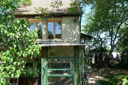 Menta's house Székesfehérvár - Casa
