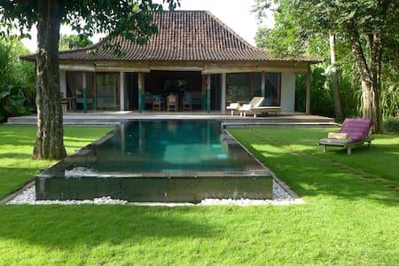 Villa Limasan Beach 300 meters away