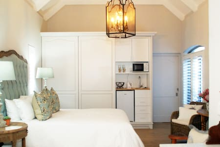 Boutique Room lush luxurious & cosy Spoil yourself - Hermanus - Overig