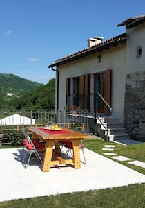 Rural house with fantastic view - Cerro Veronese