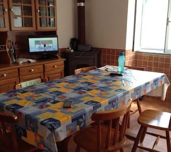 Casinha Amarela - Tüm Kat