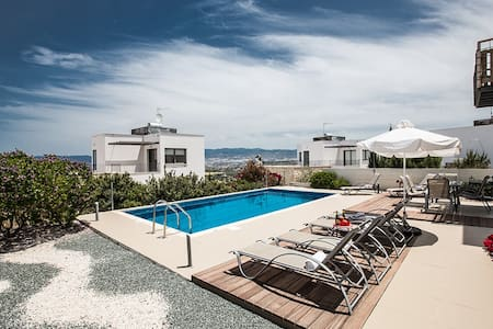 Villa Jenny,Fantastic sea views - Villa
