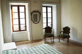 Picture of Amazing room A w/airport Transfer