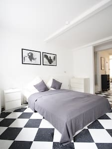 Boutique Charm Apartment Claire - Apartament