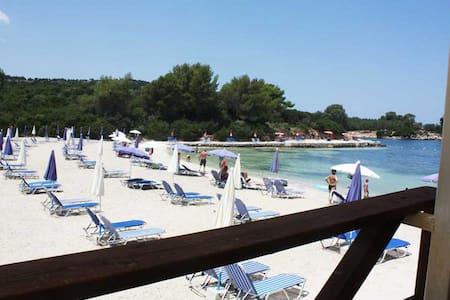 Monolocale Vista Mare 50m spiaggia - Ksamil
