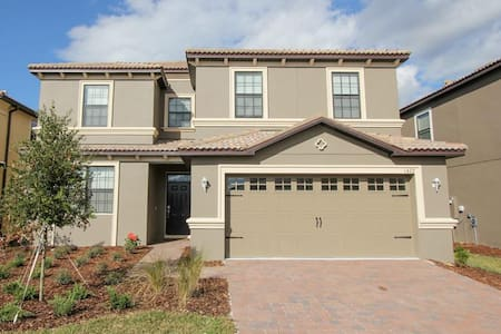 ChampionsGate - Pool Home 6BR/6BA - Sleeps 12 - P - RCG624 - Four Corners