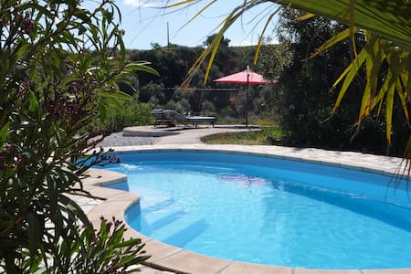 Mountain Studio, pool, wifi, Eng TV - Sedella - Apartment