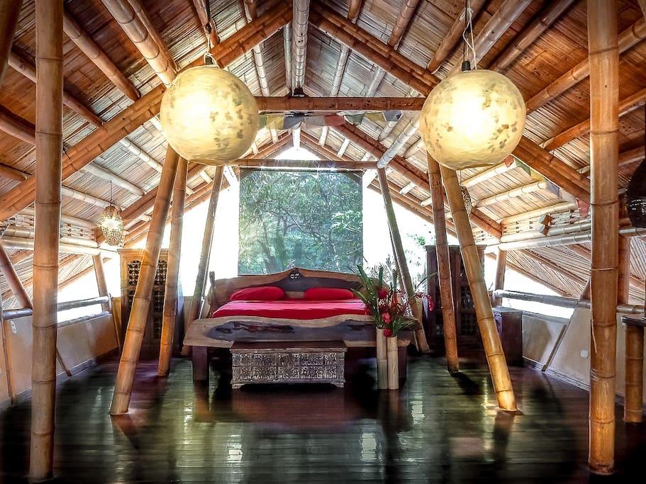 Casa Tonka 2nd level master bedroom
