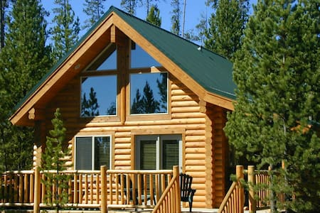 One Bedroom Island Park Cabin - Island Park