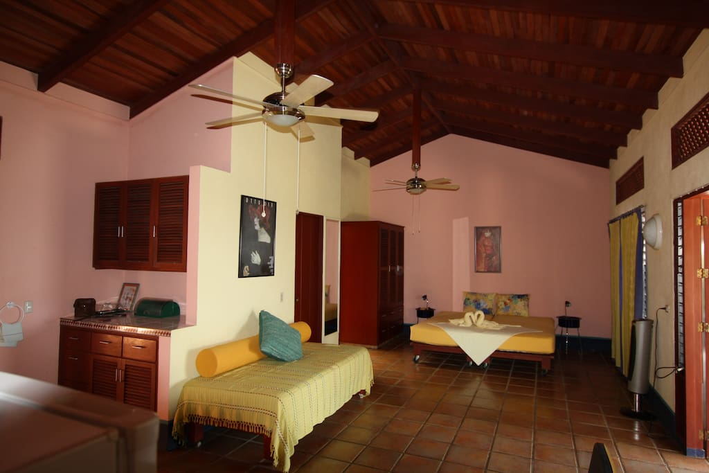 Pacific Guests House! Wonderful!