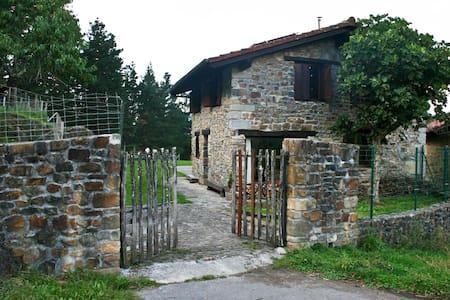 Casa reserva biosfera de Urdaibai - Nabarniz
