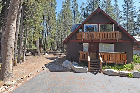 Soda Springs Home- Hiking and Skiing Out the Door! - Appartamento
