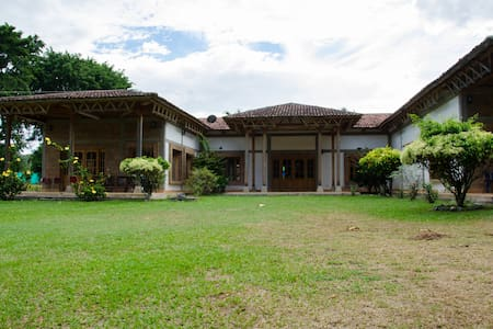 Hermosa Villa en medio de la naturaleza. - La Union - Villa