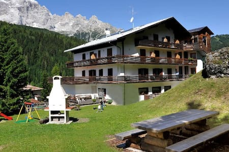 apartments in dolomite unesco  - Leilighet