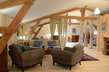 beau Loft bois au coeur du Causse - Saint-Antonin-Noble-Val