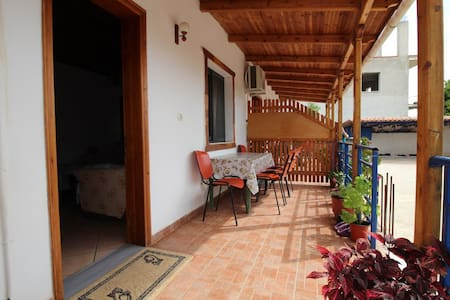 Flat close to the beach in Ksamil - Apartment